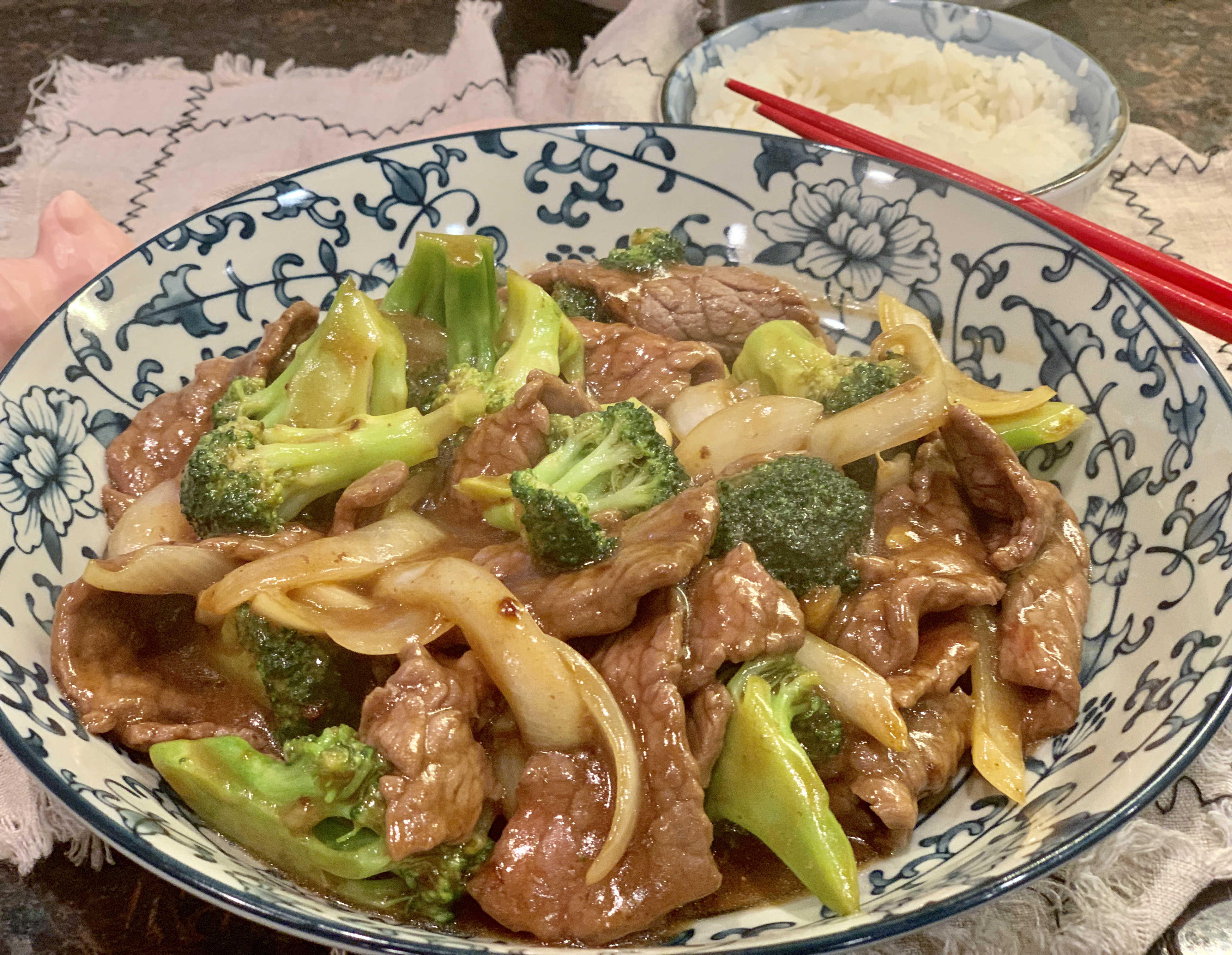 Beef Broccoli Stir-fry西兰花炒牛肉xī lán huā chǎo niú ròu